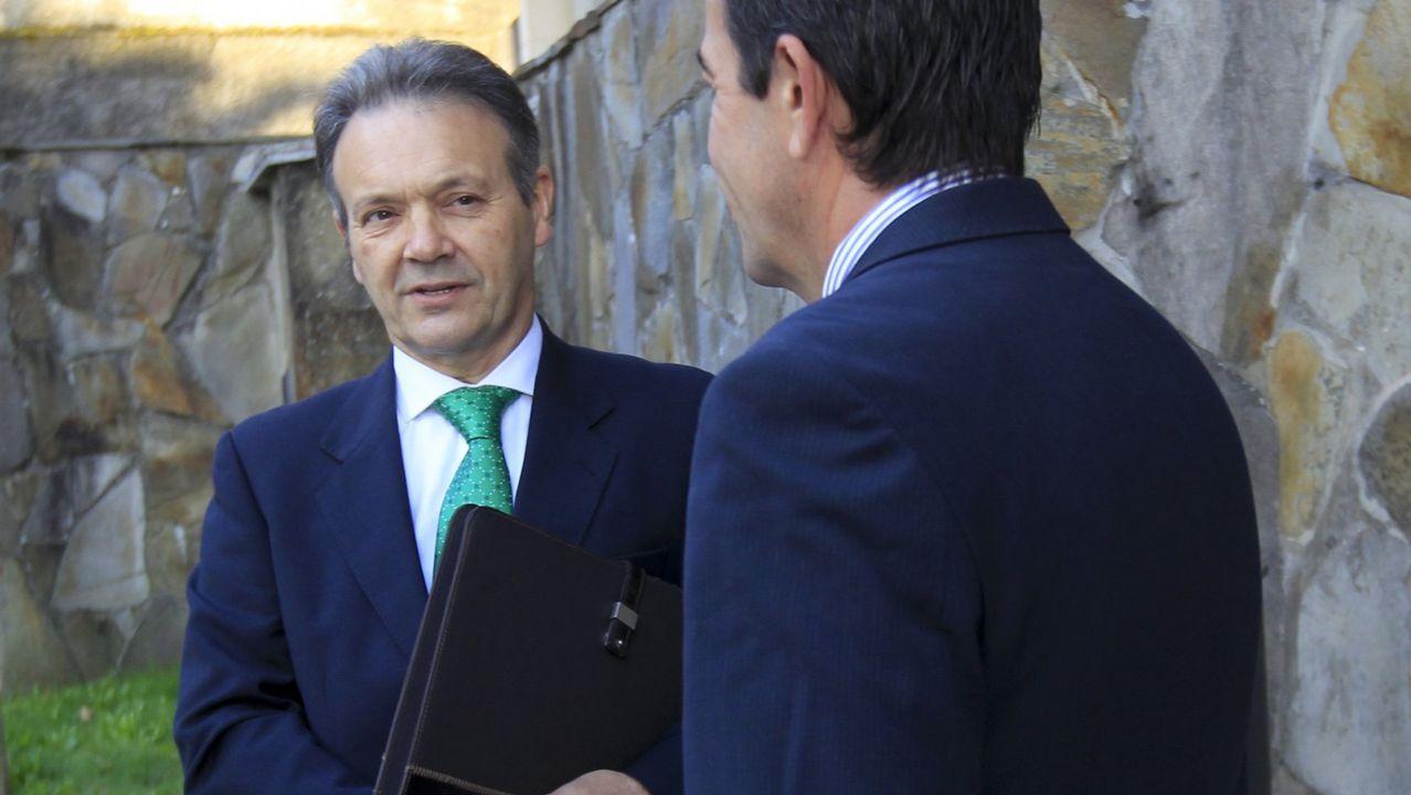 A la izquierda de la imagen, Germán Castrillón