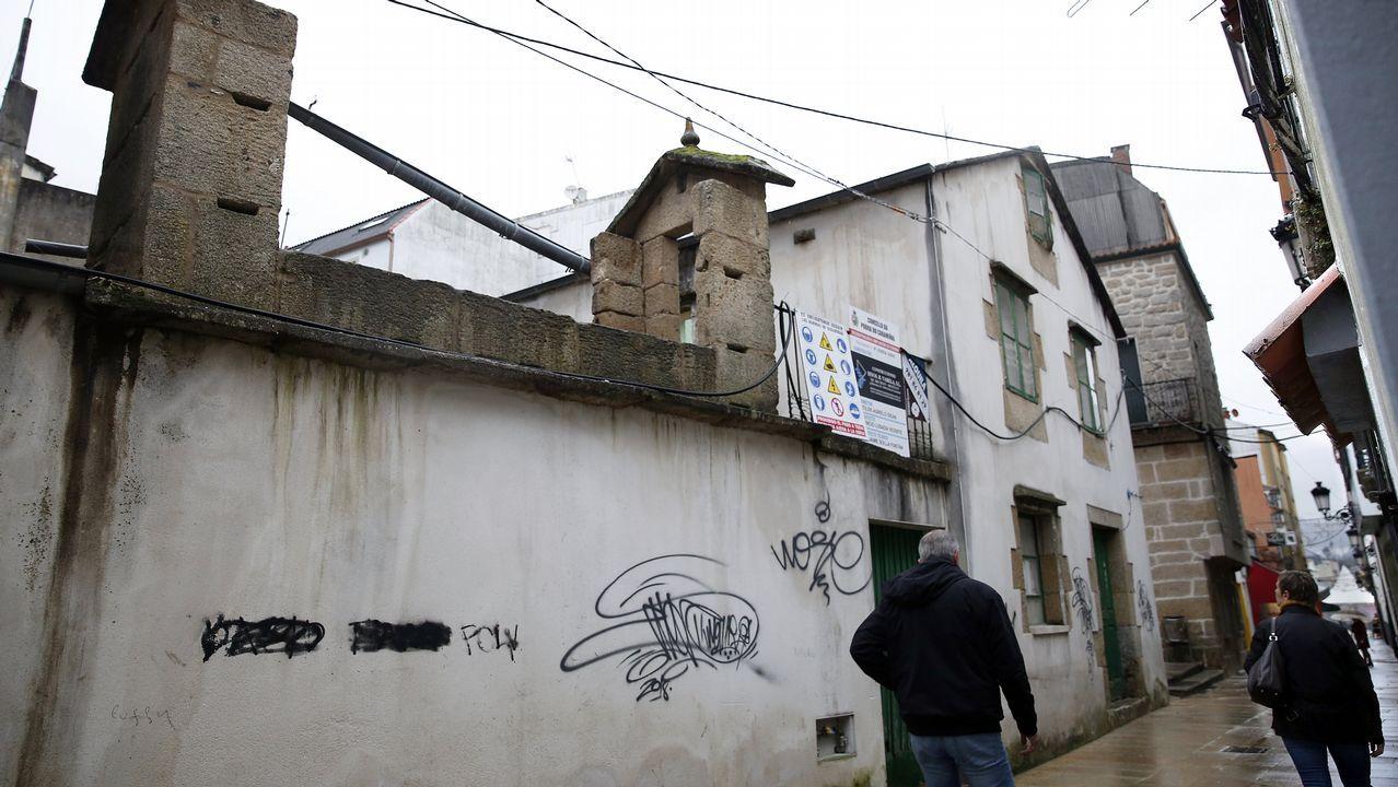 Pintadas en la zona antigua de A Pobra
