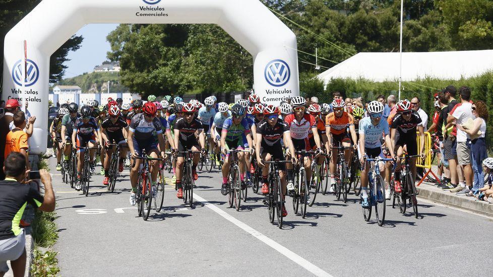 Ciclistas en Viveiro