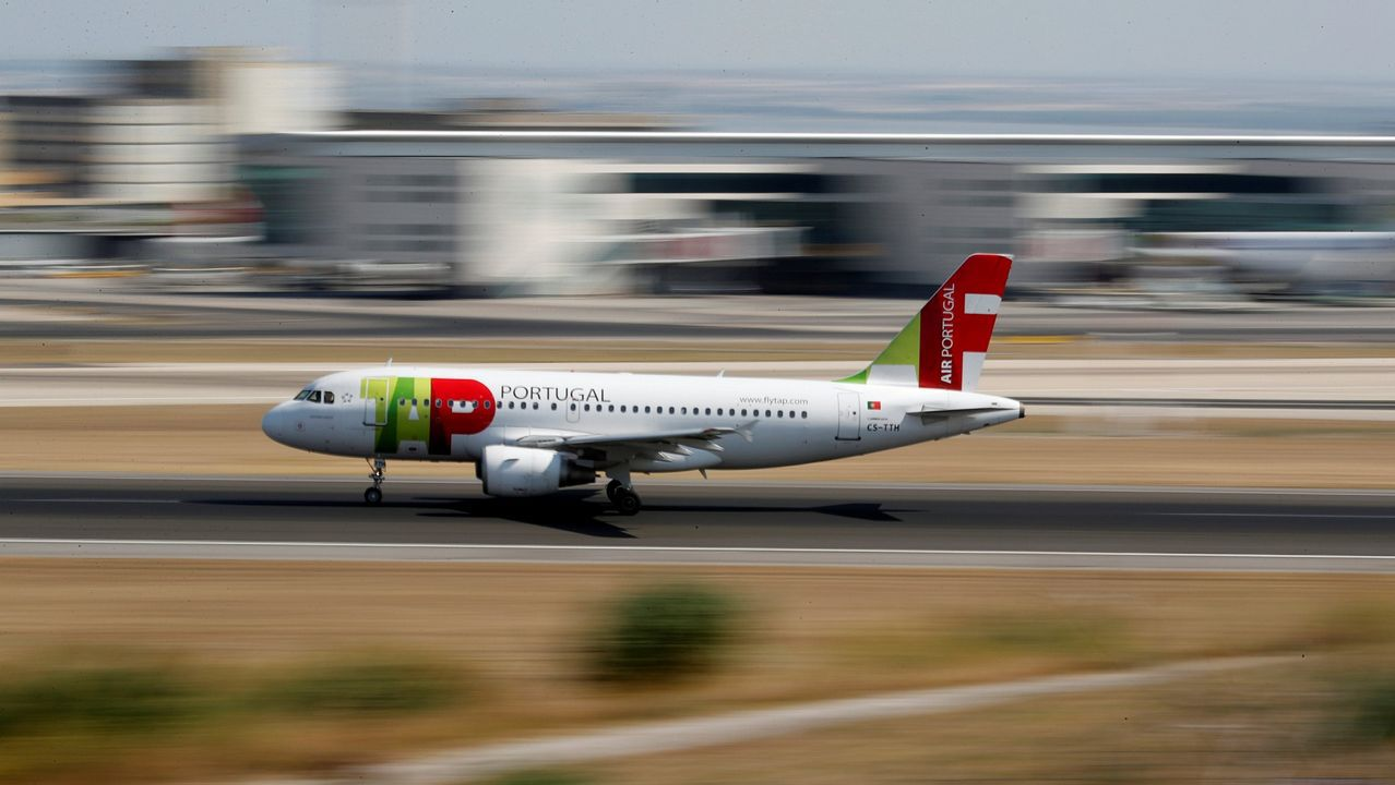 Air Europa, compañía, aerolínea.Un avión de Vueling