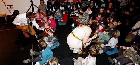 La obra de Caramuxo Teatro, que se podrá ver hoy, está pensada para los bebés.
