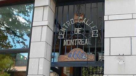 ¿Qué fue de la maqueta de la Catedral de la Expo 92?.Imagen de la entrada del Centro Galego de Montreal que figura en la petición de Change.org