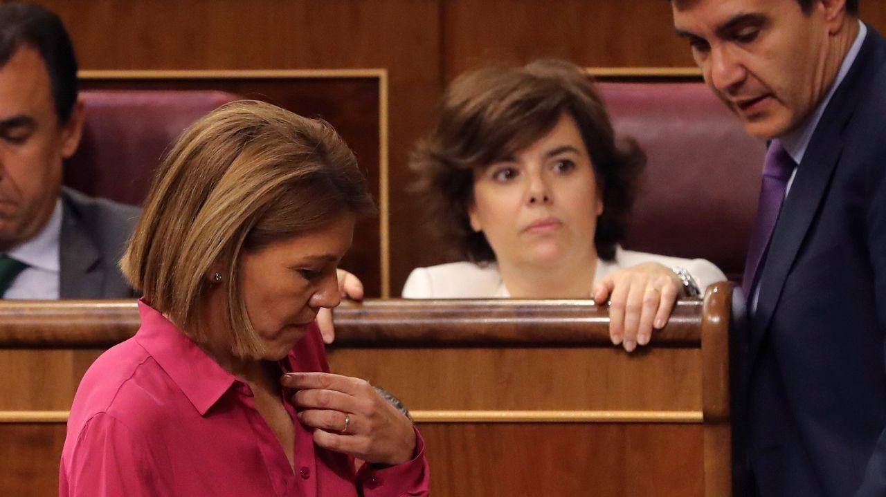 Casado y Santamaría se dejan ver juntos en la cena de verano del PP.Casado, ddurante la rueda de prensa en la que presentó la documentación sobre su máster, en abril del 2018