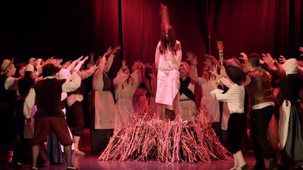 Musical Brujass