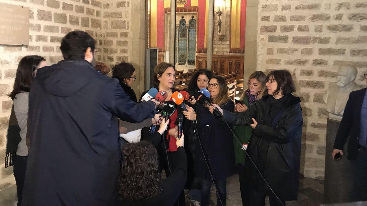 La alcaldesa de Barcelona, Ada Colau, tras reunirse con Sánchez