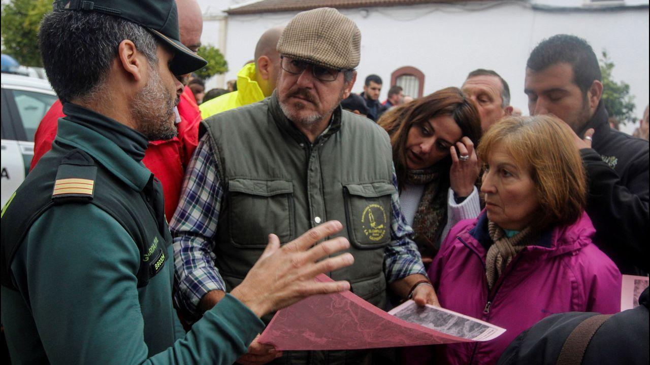 Se reanuda la búsqueda de la joven desaparecida en El Campillo.Juan Manuel Romero (PP) y Juan Marín (Ciudadanos), en una imagen de archivo