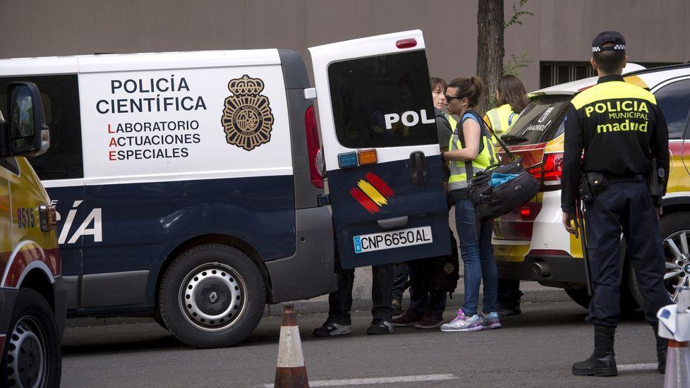 Dos jóvenes mueren en Madrid al precipitarse al vacío por el hueco del ascensor.Adarsa