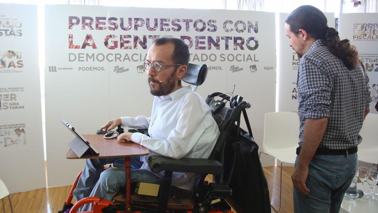 Errejón deja su escaño en el Congreso de los Diputados.Echenique e Iglesias, el pasado septiembre en Madrid