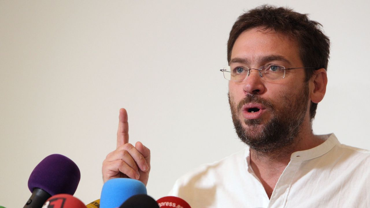 Desacuerdo independentista y dimisión de Dante Fachin en Podemos ante la lista única.