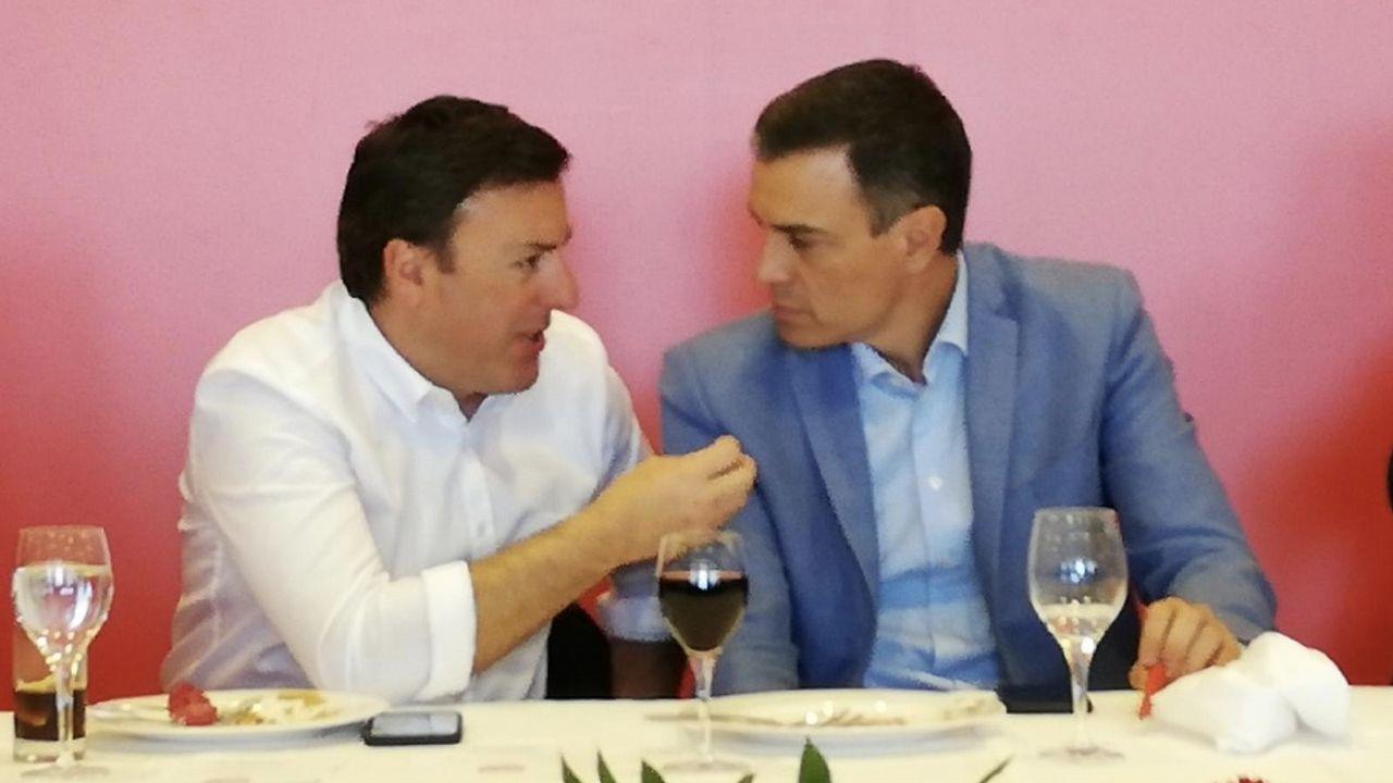 Casado aterriza en Asturias.José Carlos Fernández Sarasola