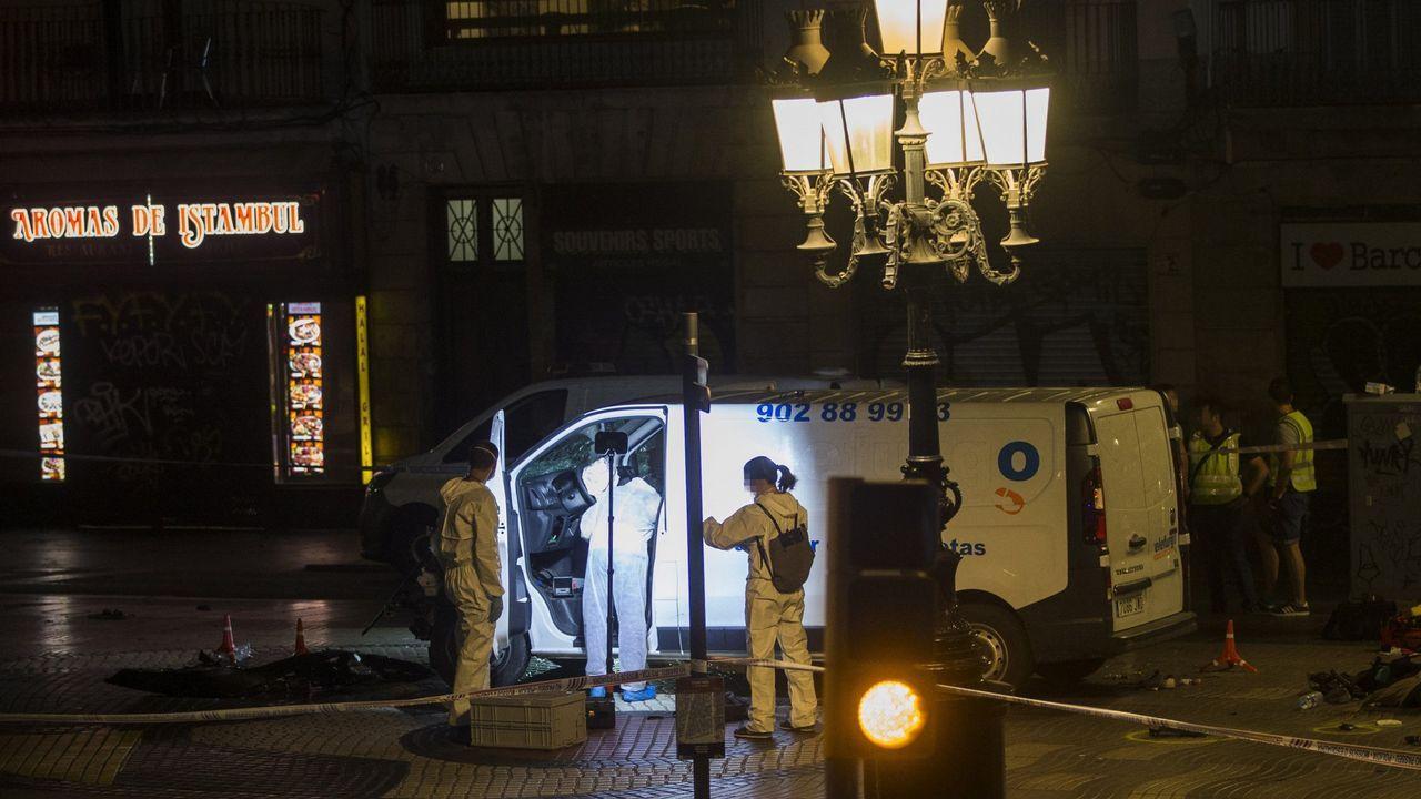 Furgoneta con la que los yihadistas atentaron en las Ramblas de Barcelona