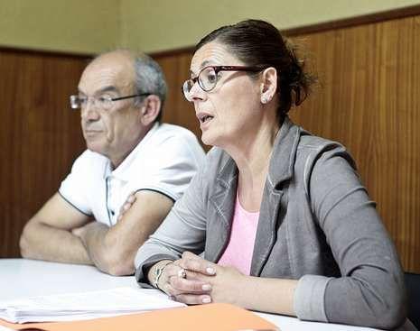 Sucasas y Carme Adán presentaron ayer iniciativas del BNG.