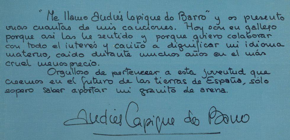 La «Marcha Radetzky».Julio Iglesias habla con el presidente de Berklee