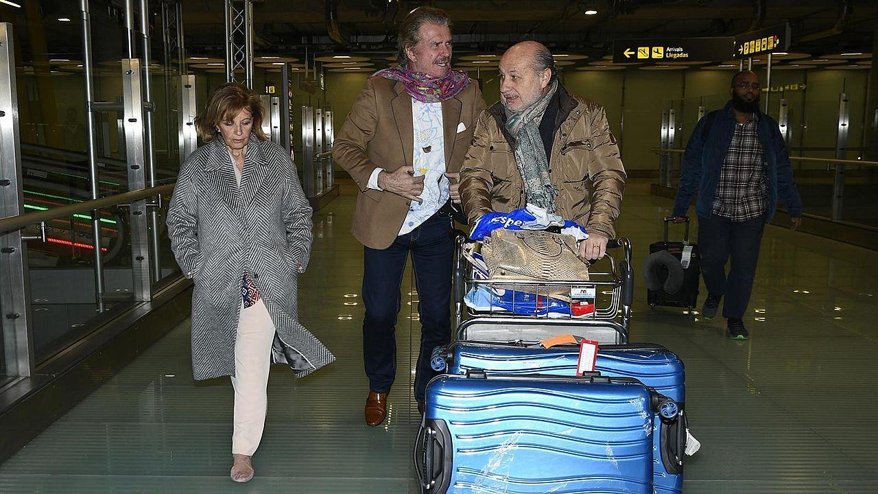 María Teresa Campos y Bigote Arrocet, a su vuelta de Chile