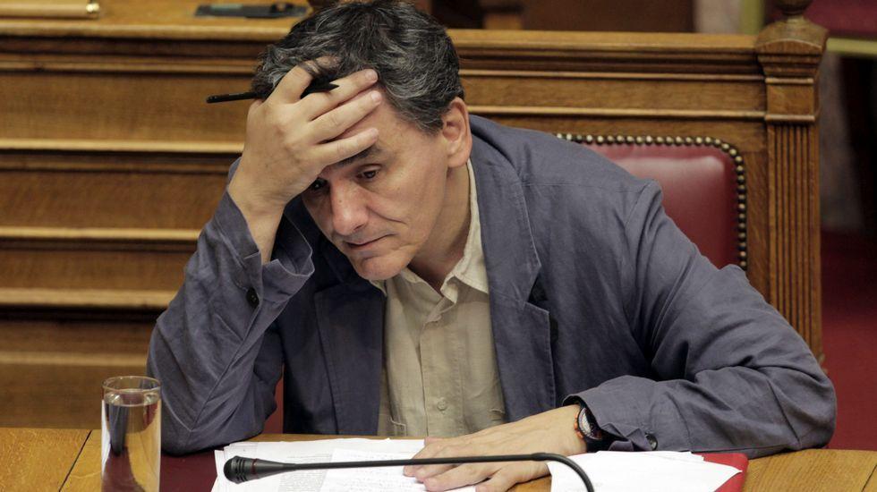 El ministro griego de Economía, Euclides Tsakalotos, en el Parlamento