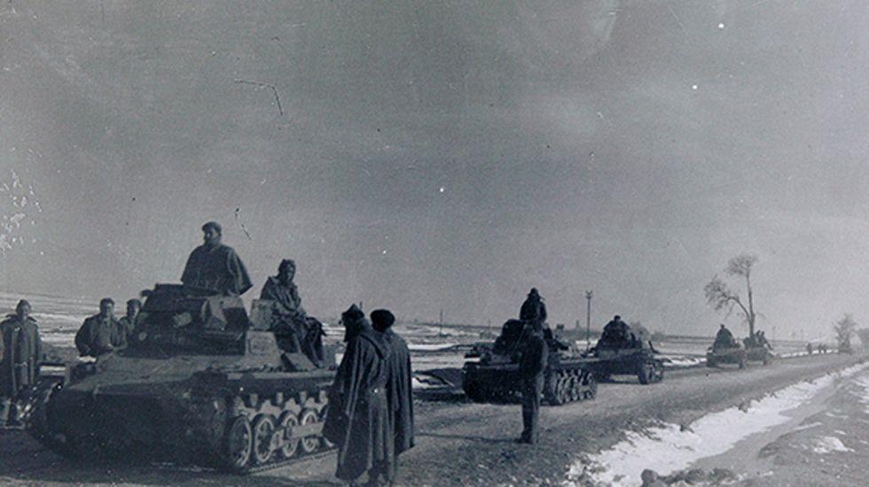 Teruel, invierno de 1938. Tropas dirigiéndose al frente de guerra