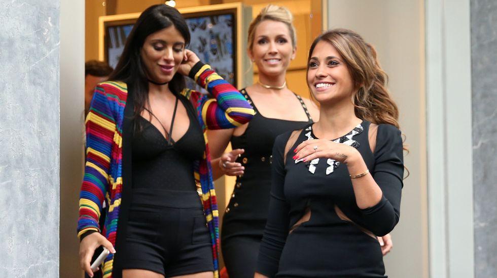 Daniella Semaan, Sofía Balbi y Antonella Roccuzzo.