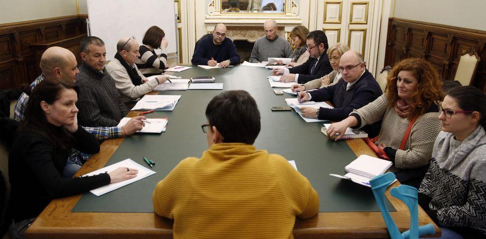 Aymerich anticipa otra desbandada.El nuevo Consello se constituyó ayer, tras casi diez años desde su sesión anterior.