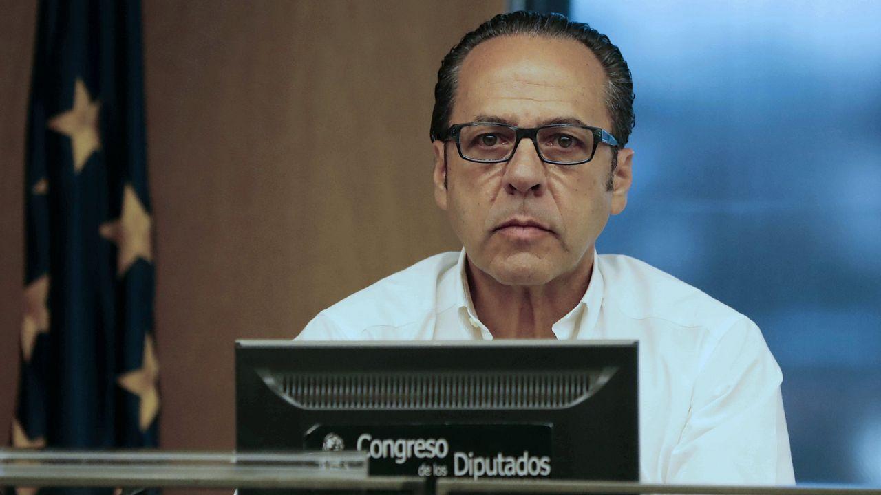 Cifuentes: «Mi master es real y legal»