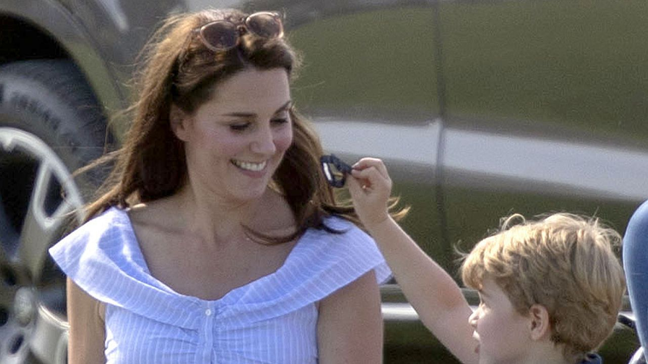 Kate Middleton vuelve a confiar en Zara.La princesa Eugenia de York se casa el próximo 12 de octubre