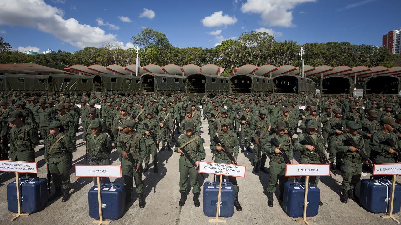 Al menos 68 muertos en un motín en unos calabozos de la policía en Venezuela.Ivanka Trump fue la estrella de una reunión de mujeres empresarias en Lima en la jornada previa al arranque de la Cumbre de las Américas