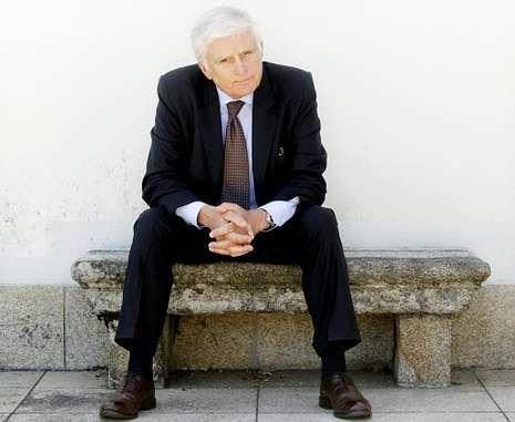 Paolo Vasile afirma que las televisiones autonómicas deben «encontrar un justo equilibrio».