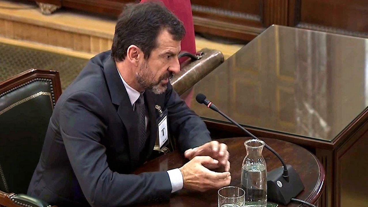 Los Mossos pidieron a Puigdemont que desconvocara el 1 de octubre