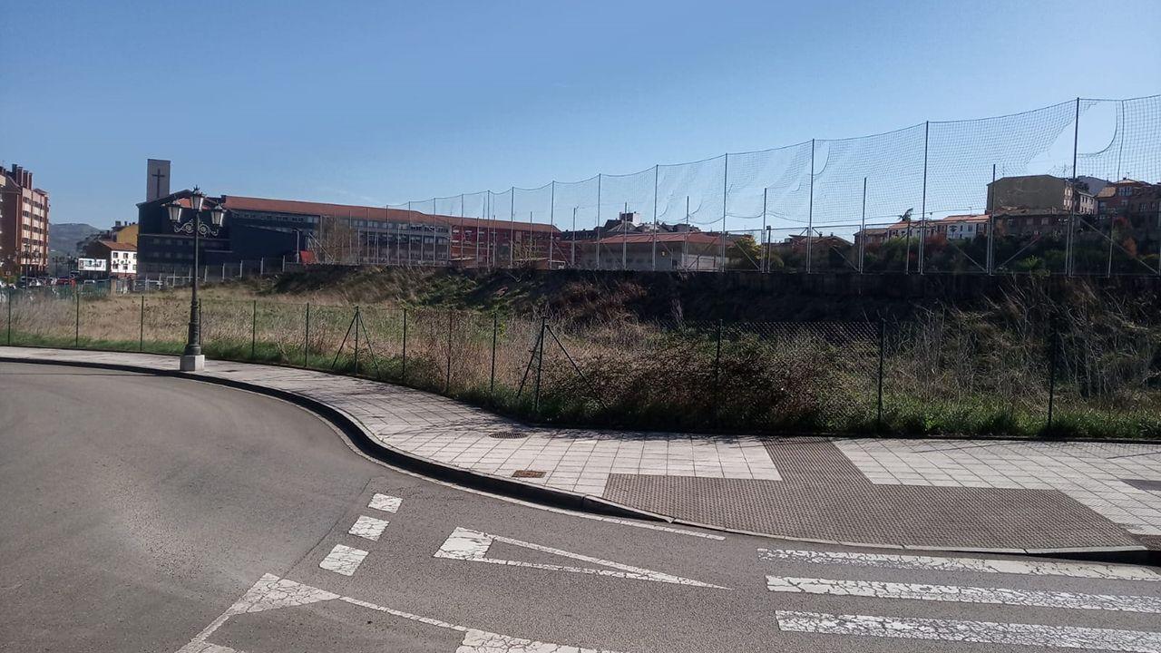 Parcela en la que Enjoy Wellnes construirá un polideportivo en Ciudad Naranco