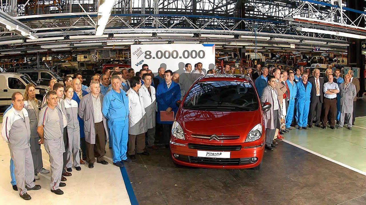 El vehículo 8 millones se alcanzó en octubre de 2005 y fue un monovolumen Xsara Picasso de color rojo y motor diésel HDi. Tras los vehículos comerciales y con más de un millón y medio de unidades producidas fue uno de los grandes éxitos de la factoría