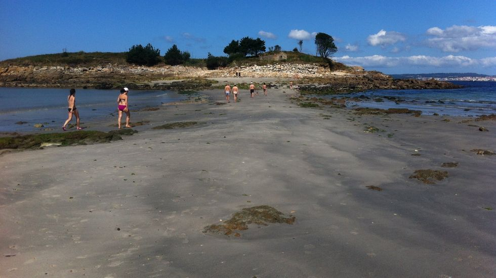 Marín. Playa de O Santo