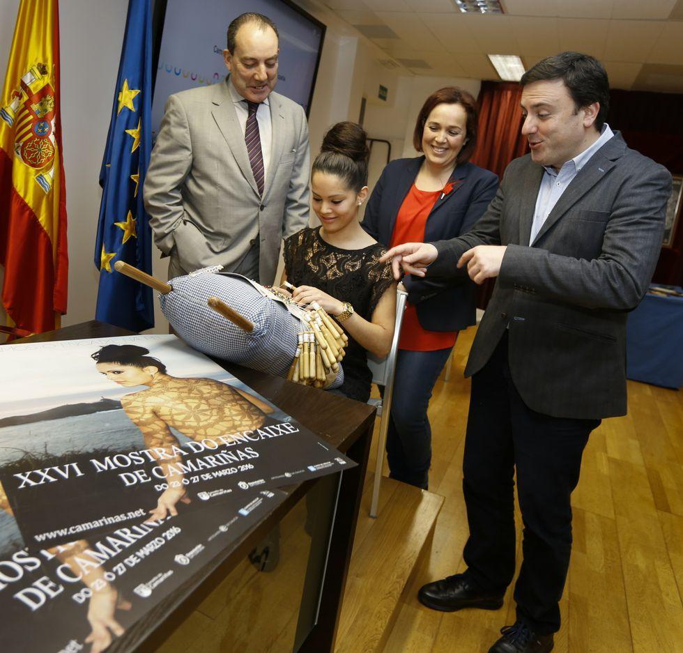 XV Congreso del PP de A Coruña.Presentación de la Mostra do Encaixe, ayer, en A Coruña.
