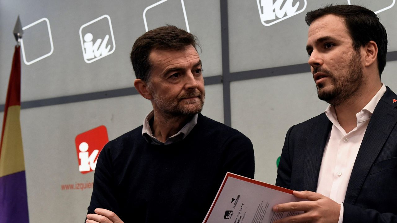 Alberto Garzón junto al coordinador general de IU Andalucía, Antonio Maíllo