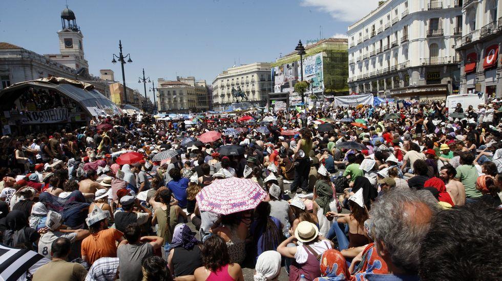 Recuerda en imágenes el 15-M en Galicia.