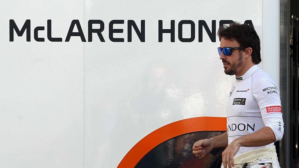 Nueva Clase X de Mercedes.Fernando Alonso, en Shanghái