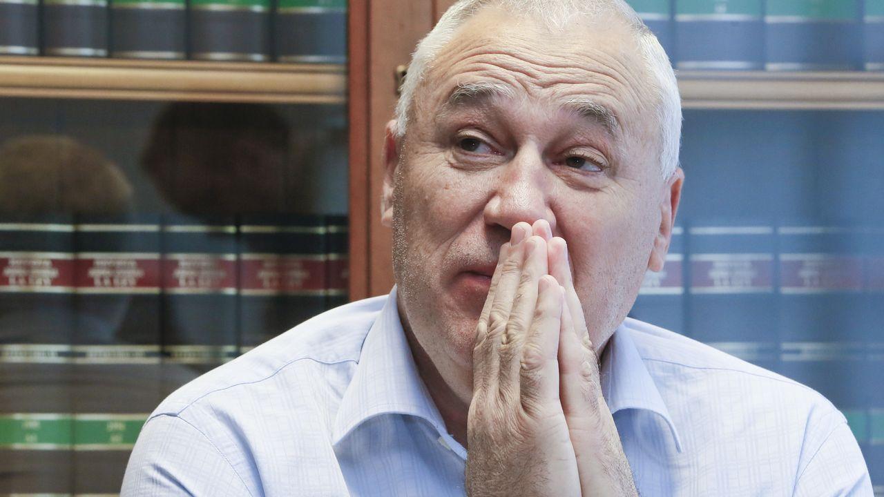 Martínez dice que mantiene conversaciones con Ciudadanos.