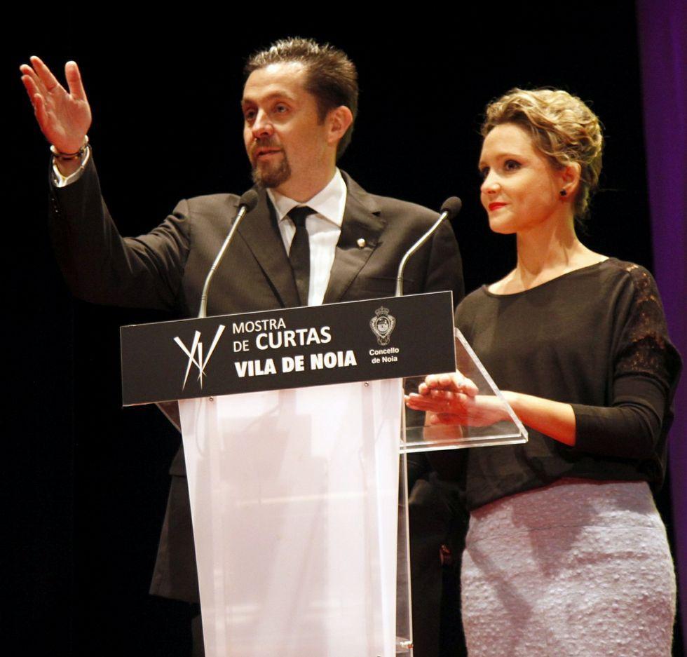 Así es «Refugiados».Campos y Teresa Fernández.