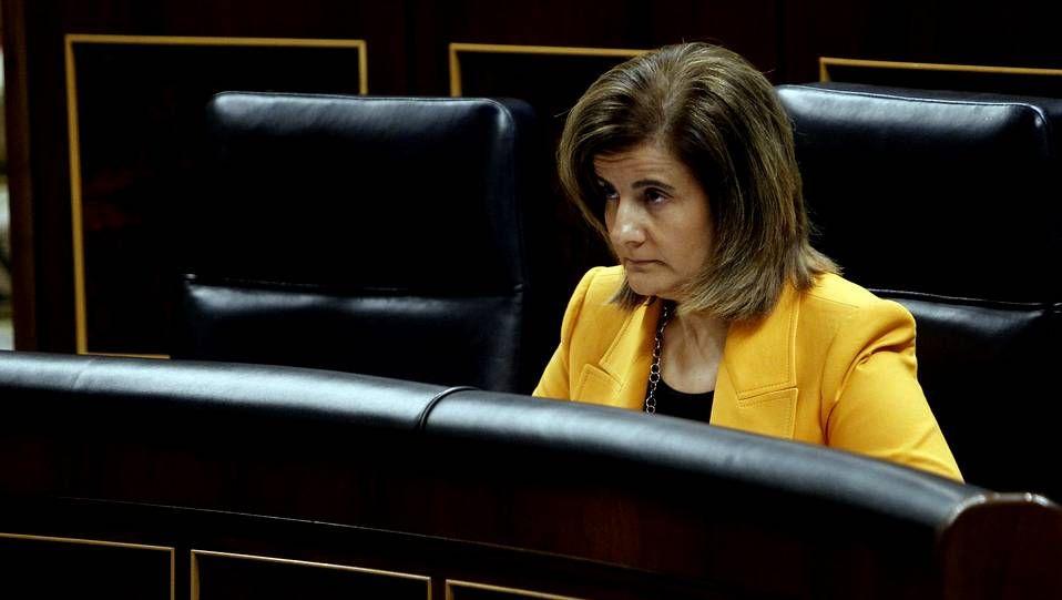 Último adiós a Adolfo Suárez.Duran informó de que la ejecutiva de CiU acordó ayer proponer a Esquerra, Iniciativa y CUP un acuerdo para acudir a las elecciones europeas con una defensa común del referendo secesionista.