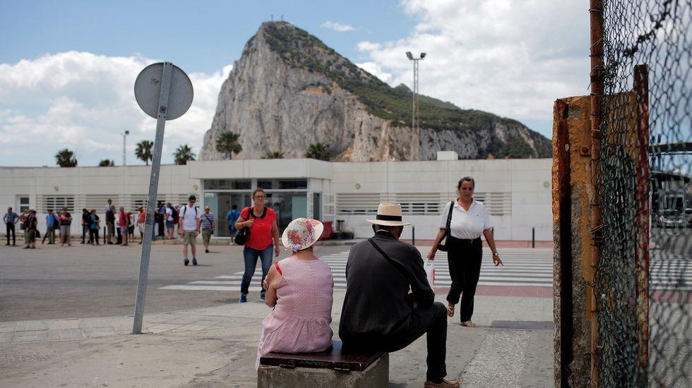 Rajoy: «Gibraltar sigue siendo español, gane o pierda el Brexit».Partidarios de permanecer en la UE celebran los resultados de Gibraltar