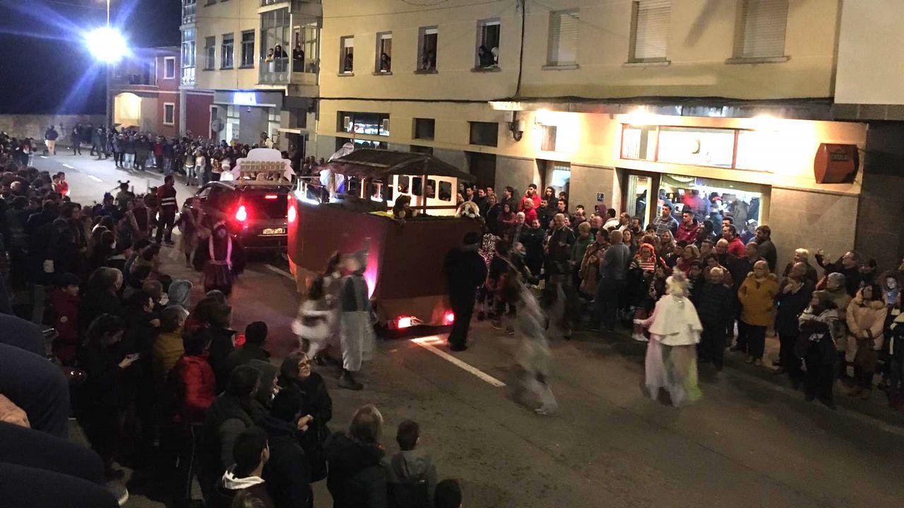 Por fin hubo desfile de carnaval en Santiago
