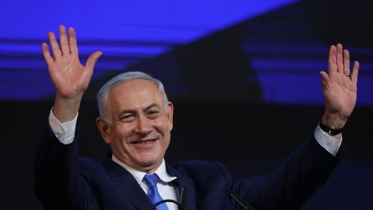 Netanyahu celebra los resultados de las elecciones que le permitirán volver a gobernar