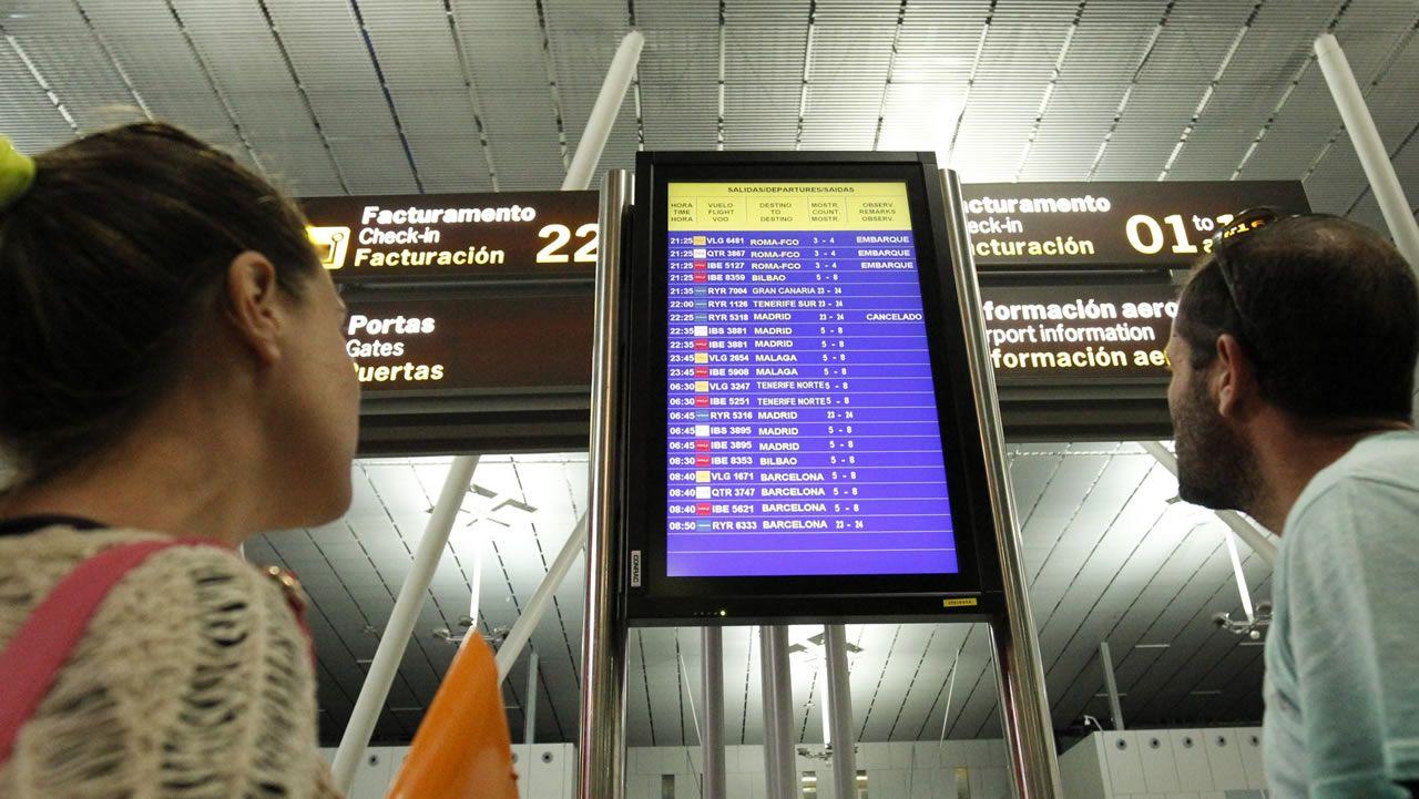 «Nos han fastidiado las vacaciones».Avión de Ryanair despegando en el aeropuerto de Manchester