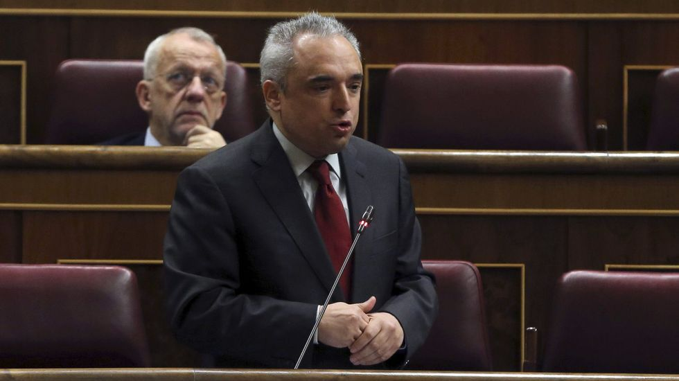 Los fichajes más sonados de Telefónica.El diputado socialista Rafael Simancas, en una intervención en el Congreso.