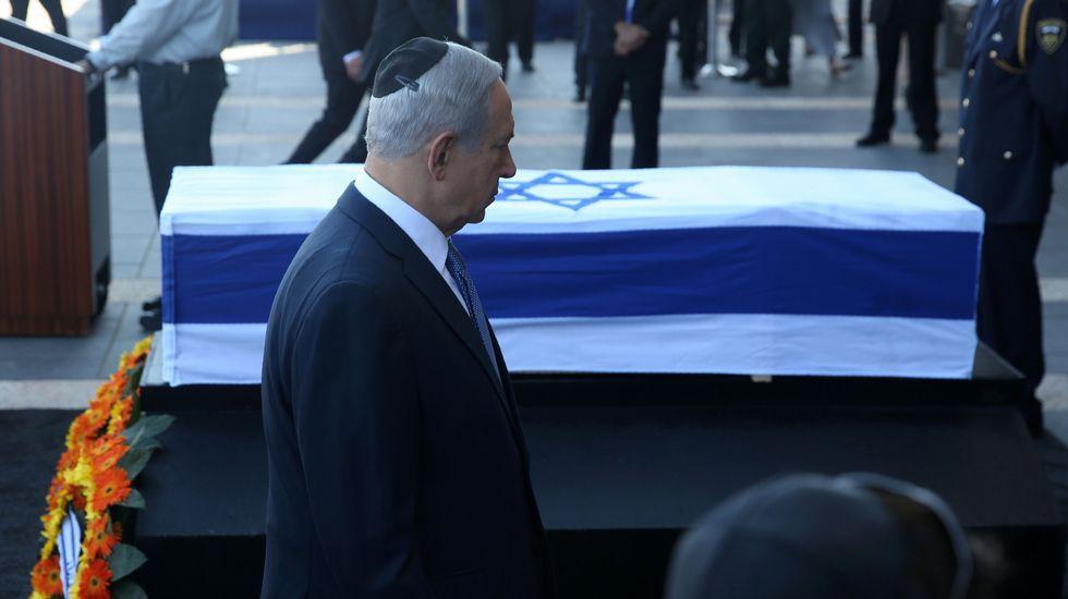 Último adiós a Simon Peres.Un momento de la manifestación multitudinaria