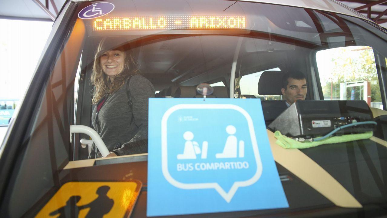 Galicia celebra los 25 años de la reinvención del Camino.Ethel Vázquez y Julio Sacristan  visitará Autos Cal Pita-Asicasa, con motivo de la presentación de los nuevos buses en Coruña.