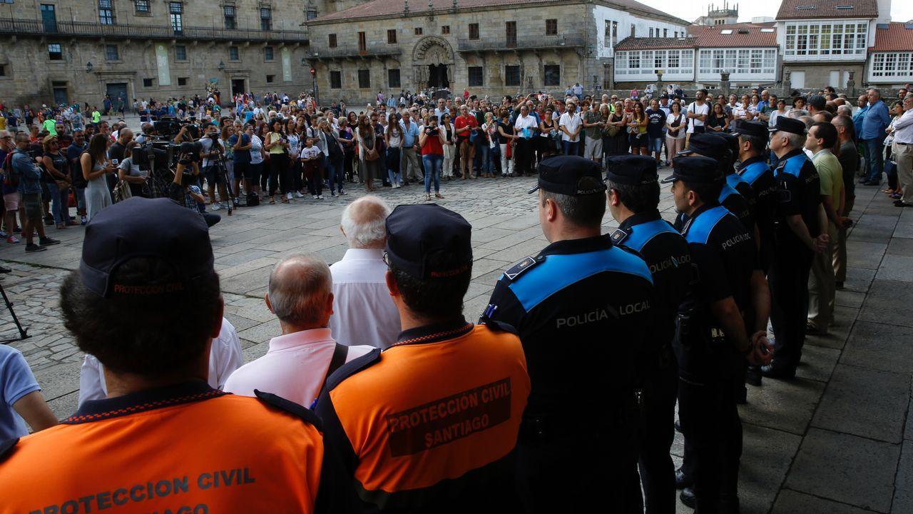 .Minuto de silencio en la Plaza del Obradoiro en Santiago
