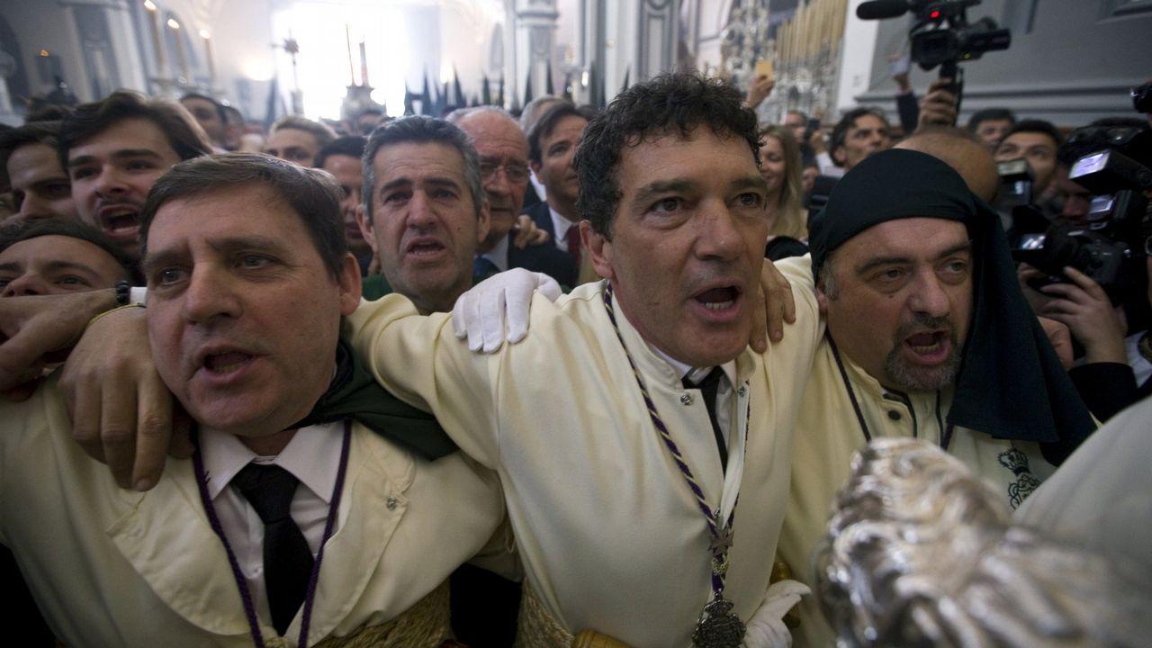 .Antonio Banderas, durante una de las procesiones de la Semana Santa de Málaga