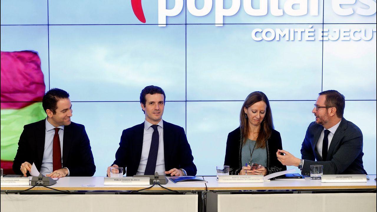 | EFE.El secretario general del PP, García Egea; el presidente, Pablo Casado; la vicesecretaria de comunicación, Marta González; y el vicesecretario de organización, Javier Maroto, en el comité ejecutivo nacional.