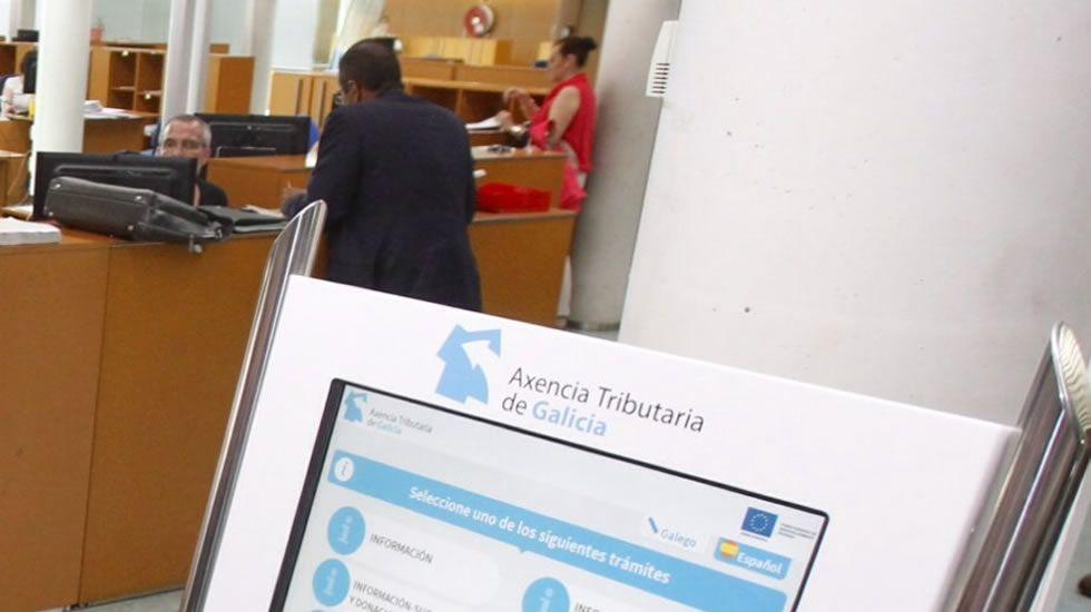 El tribunal absuelve a la infanta e impone a Urdangarin seis años y 3 meses de cárcel.Samantha Romero, Eleonor Moyá y Rocío Martín