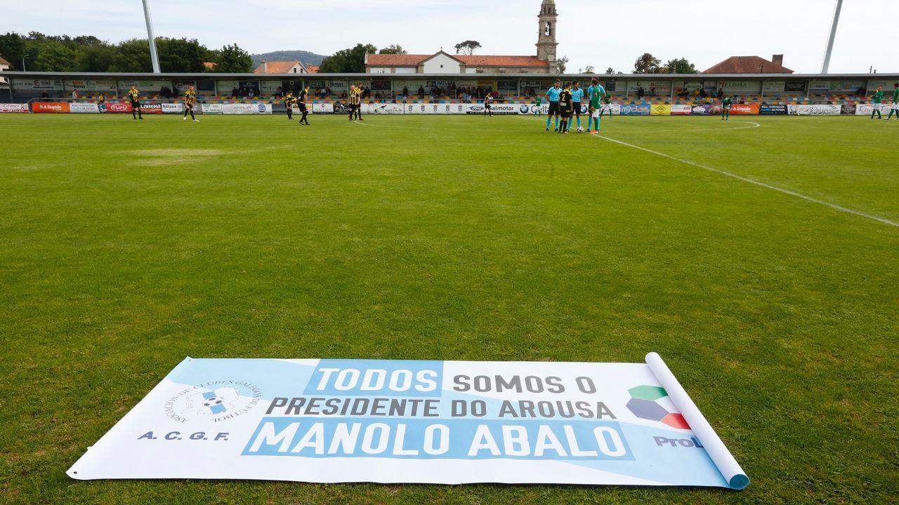 Pacheta Real Oviedo Elche.Los jugadores del Oviedo celebran el 1-0 al Numancia