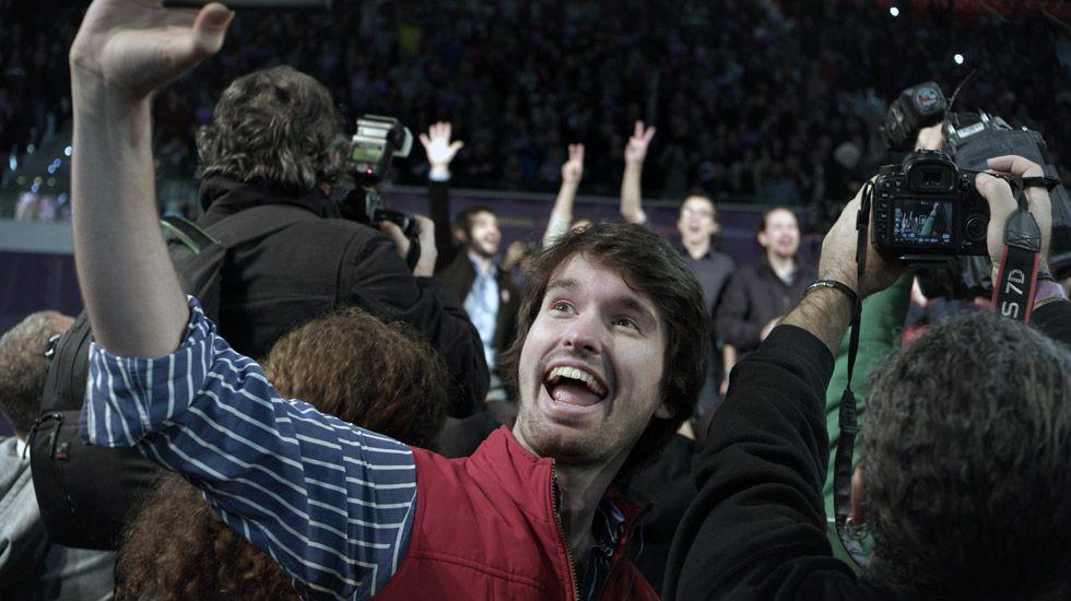 El ovetense Santiago Alverú entra de cabeza en el cine con el papel protagonista en la película «Selfie».El ovetense Santiago Alverú entra de cabeza en el cine con el papel protagonista en la película «Selfie»